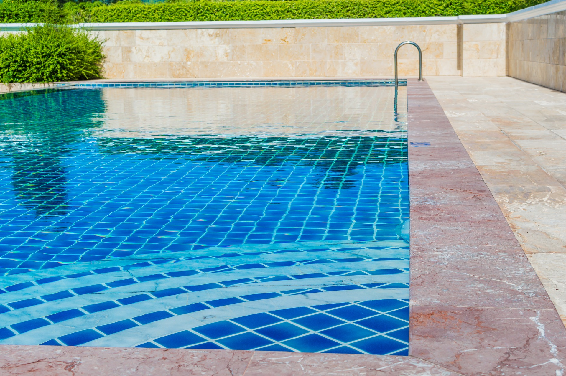 how much does it cost to build a swimming pool in Kenya